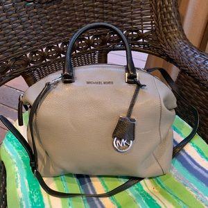 Michael Kors crossbody/satchel